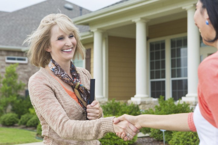 5 questions to ask before hiring a real estate professional